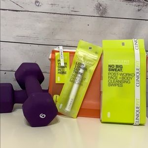 NWT Clinique Fit Workout Set with Bag